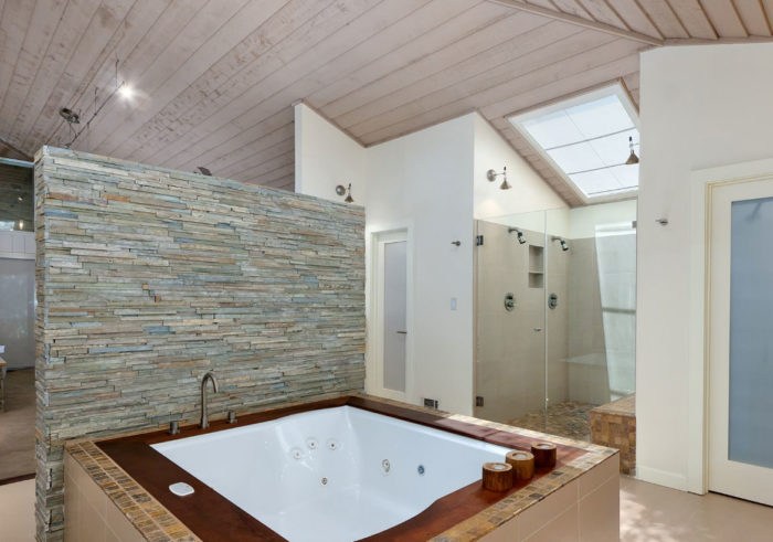 Custom Bathroom Renovations-Wellington Kitchen & Bath Home Remodeling Solutions-We do kitchen & bath remodeling, home renovations, custom lighting, custom cabinet installation, cabinet refacing and refinishing, outdoor kitchens, commercial kitchen, countertops, and more