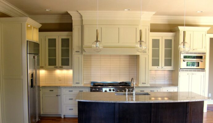 Custom Cabinetry-Wellington Kitchen & Bath Home Remodeling Solutions-We do kitchen & bath remodeling, home renovations, custom lighting, custom cabinet installation, cabinet refacing and refinishing, outdoor kitchens, commercial kitchen, countertops, and more