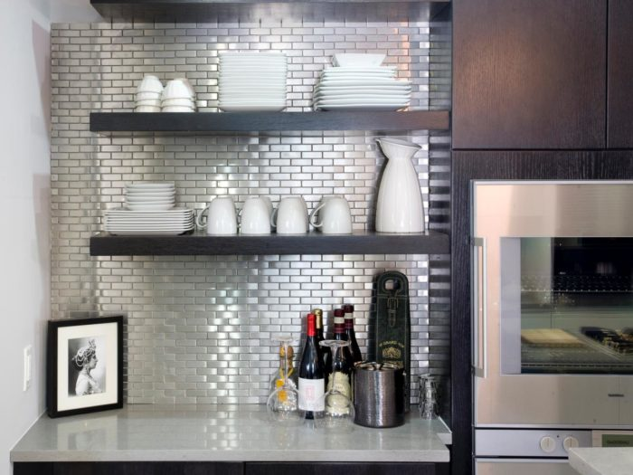 Kitchen Accessories-Wellington Kitchen & Bath Home Remodeling Solutions-We do kitchen & bath remodeling, home renovations, custom lighting, custom cabinet installation, cabinet refacing and refinishing, outdoor kitchens, commercial kitchen, countertops, and more