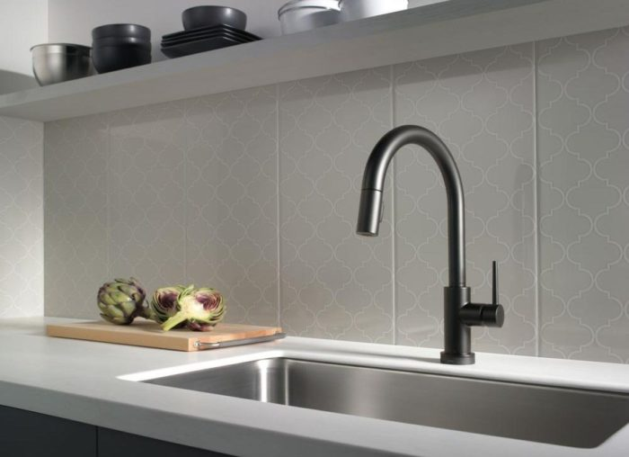 Kitchen Sinks, Fixtures & Faucets-Wellington Kitchen & Bath Home Remodeling Solutions-We do kitchen & bath remodeling, home renovations, custom lighting, custom cabinet installation, cabinet refacing and refinishing, outdoor kitchens, commercial kitchen, countertops, and more