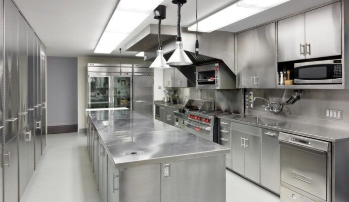 Restaurant Kitchen Remodels-Wellington Kitchen & Bath Home Remodeling Solutions-We do kitchen & bath remodeling, home renovations, custom lighting, custom cabinet installation, cabinet refacing and refinishing, outdoor kitchens, commercial kitchen, countertops, and more